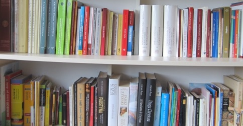 Books_in_my_room