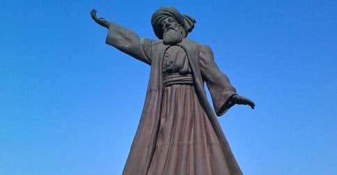Rumi-Statue