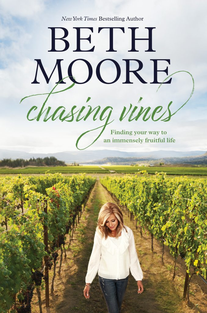 Beth Moore Chasing Vines Review The Englewood Review Of Booksbeth Moore Chasing Vines